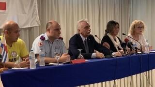 Νέοι δόκιμοι αυτοδύτες και ναυαγοσώστες από τον Ερυθρό Σταυρό