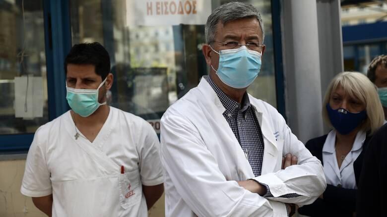 ΕΣΥ: 81 προσλήψεις μόνιμων γιατρών στα νοσοκομεία της χώρας