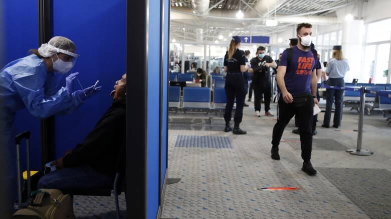 Κορωνοϊός: Ξεκινούν σήμερα οι απευθείας πτήσεις από τη Βρετανία