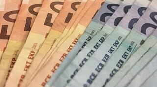 Μειωμένα κατά 4,2 δισ. ευρώ τα έσοδα του προϋπολογισμού σε σχέση με το πρώτο εξάμηνο 2019