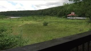 Μοναδικό φαινόμενο: Η διάσημη λίμνη του «Dirty Dancing» γέμισε νερό μετά από 12 χρόνια ξηρασίας
