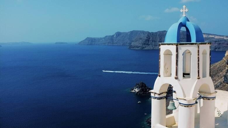 Γιατί και φέτος θα ταξιδέψουμε έτσι κι αλλιώς στο Αιγαίο, με τη Hellenic Seaways