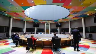 Σύνοδος Κορυφής: Συνεχίζονται οι κρίσιμες διαπραγματεύσεις - «Αδιέξοδο» βλέπει ο Κόντε