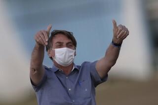Κορωνοϊός: «Το lockdown σκοτώνει» υποστηρίζει ο Μπολσονάρου