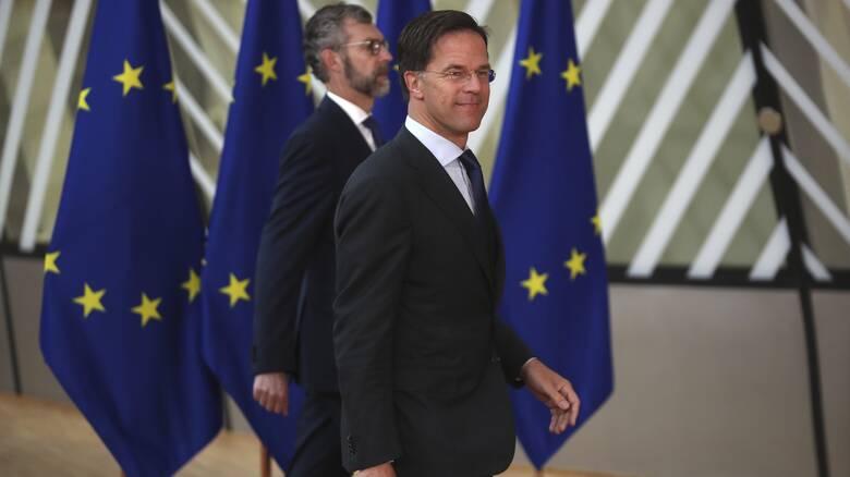 Βρυξέλλες: Ο Ρούτε σε ρόλο ρυθμιστή - Σε επιφυλακή τα dealing rooms του Λονδίνου
