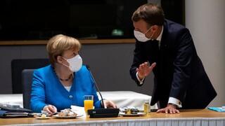 Σύνοδος Κορυφής: Συνεχίζεται για 4η ημέρα το θρίλερ - «Χτύπησε τη γροθιά στο τραπέζι» ο Μακρόν