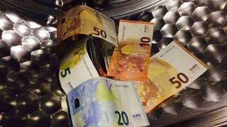 Μέσα σε 120 ημέρες η ΑΑΔΕ άνοιξε 119 υποθέσεις για ξέπλυμα χρήματος