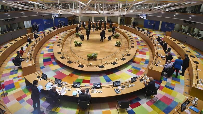 Σύνοδος Κορυφής: Συμβιβασμός των 27 για τη σύνδεση της βοήθειας με το Κράτος Δικαίου