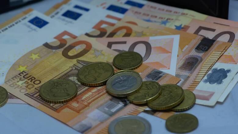 Φορολογικές δηλώσεις: Στα 800 ευρώ ο μέσος φόρος των χρεωστικών εκκαθαριστικών