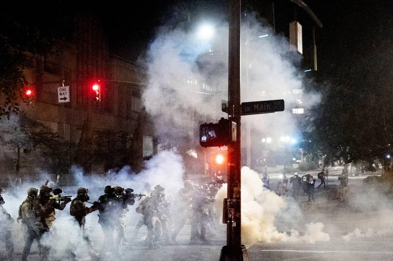 https://cdn.cnngreece.gr/media/news/2020/07/21/228009/photos/snapshot/portland_diadiloseis-7.jpg