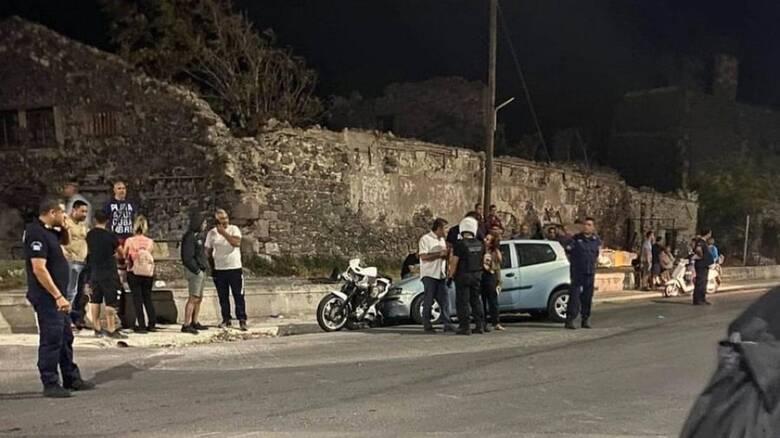 Μυτιλήνη: Αυτοκίνητο έπεσε επάνω σε ομάδα συγκεντρωμένων διαδηλωτών
