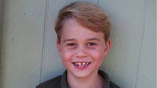 Ο πρίγκιπας Τζορτζ έγινε 7 ετών - Οι φωτογραφίες που ανέβασε η Κέιτ Μίντλετον