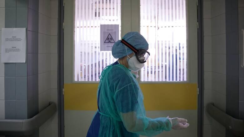 Κορωνοϊός: Τέταρτος νεκρός σε μια ημέρα - Πού εντοπίζονται τα νέα κρούσματα