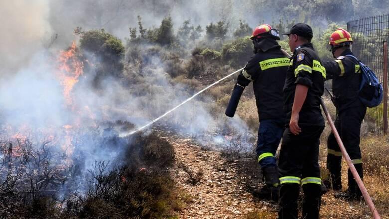 Νέα φωτιά στην Κόρινθο - Κοντά στον Ισθμό οι φλόγες