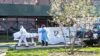 Κορωνοϊός: Ρεκόρ θανάτων στο Τέξας- Aποθηκεύουν πτώματα σε φορτηγά-ψυγεία