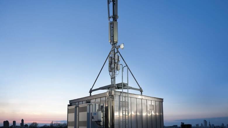 Σε κοινή εταιρεία ο παθητικός εξοπλισμός των δικτύων Vodafone και Wind