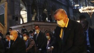 Der Spiegel για Αγία Σοφία: Ο Ερντογάν τιμά τη φήμη του έμπειρου λαϊκιστή