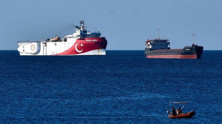 Αντιφατικά μηνύματα: Απόσυρση τουρκικών πλοίων και ανακοίνωση απόπλου Oruc Reis