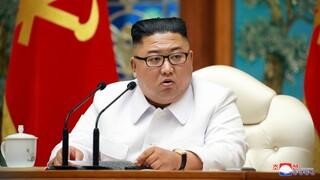 Σε κατάσταση «ύψιστου συναγερμού» η Βόρεια Κορέα: Ανακοίνωσαν το πρώτο «ύποπτο» κρούσμα κορωνοϊού