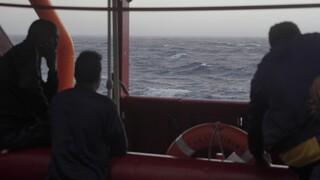 Σε κίνδυνο δύο πλεούμενα με 140 μετανάστες στα ανοικτά της Μάλτας