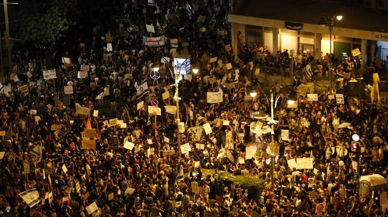 Ισραήλ: Νέες μαζικές διαδηλώσεις έξω από τη βίλα του Νετανιάχου