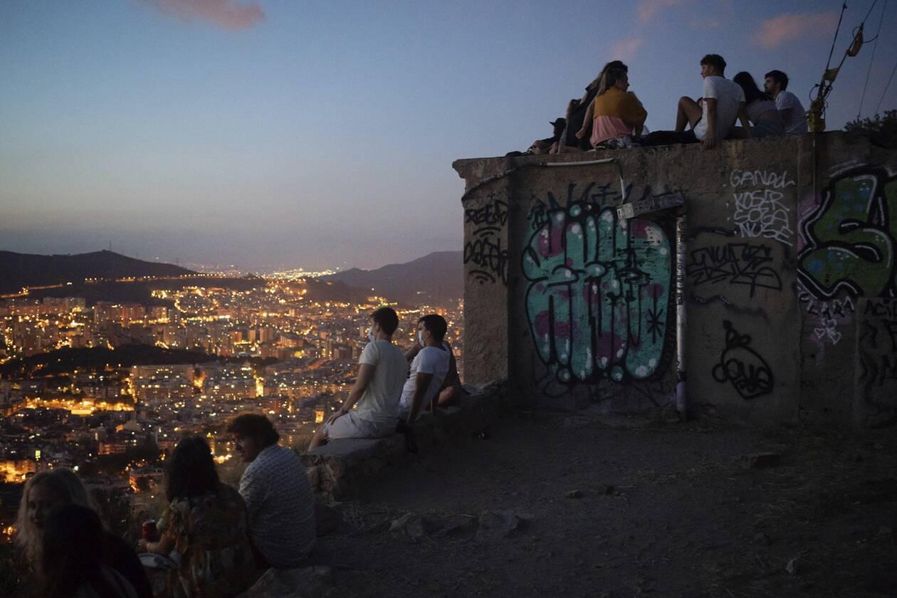 https://cdn.cnngreece.gr/media/news/2020/07/26/228622/photos/snapshot/ispania_barcelona-8.jpg