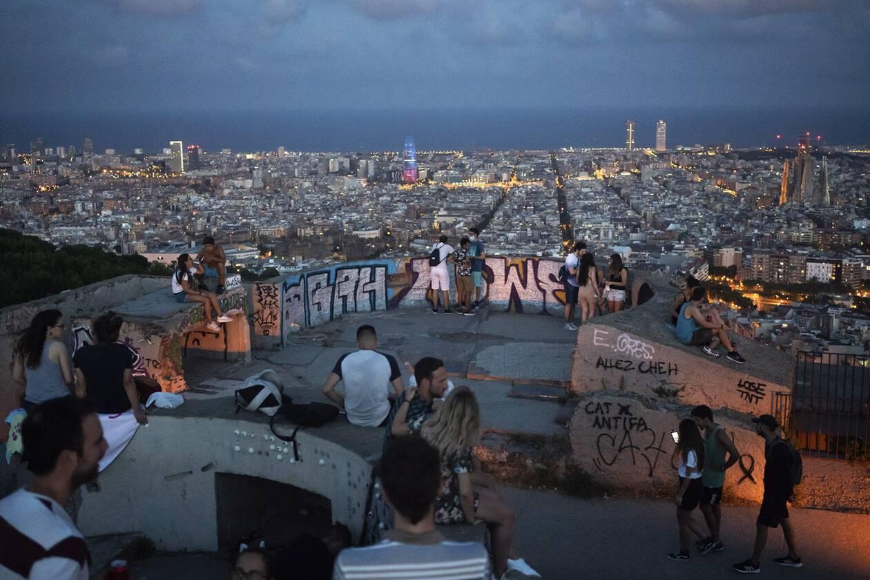 https://cdn.cnngreece.gr/media/news/2020/07/26/228622/photos/snapshot/ispania_barcelona-9.jpg