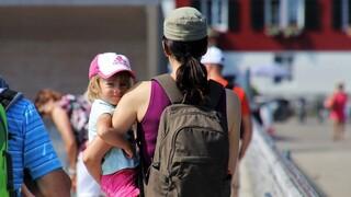 ΕΣΠΑ: Έρχονται οι επιδοτούμενες «νταντάδες της γειτονιάς»