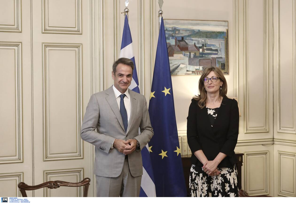 https://cdn.cnngreece.gr/media/news/2020/07/27/228710/photos/snapshot/zaxarieva_mitsotakis.jpg