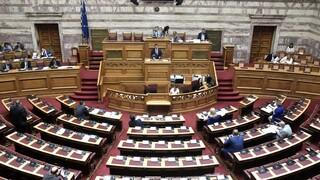 Κόντρα στη Βουλή για τη Navtex του Λιμενικού