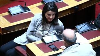 Βουλή: Σφοδρή αντιπαράθεση Κεραμέως - Φίλη για τα ιδιωτικά σχολεία