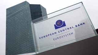 Ένρια: Ανθεκτικές κεφαλαιακά οι τράπεζες της ευρωζώνης – Τι απάντησε για τις ελληνικές τράπεζες