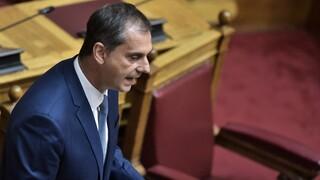 Θεοχάρης στη Βουλή: Ισχυρός πυλώνας της οικονομίας ο εσωτερικός τουρισμός