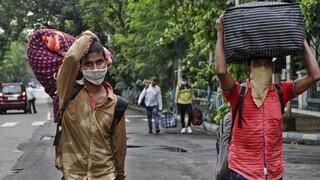 Κορωνοϊός: Αρνητικό ρεκόρ κρουσμάτων στην Ινδία