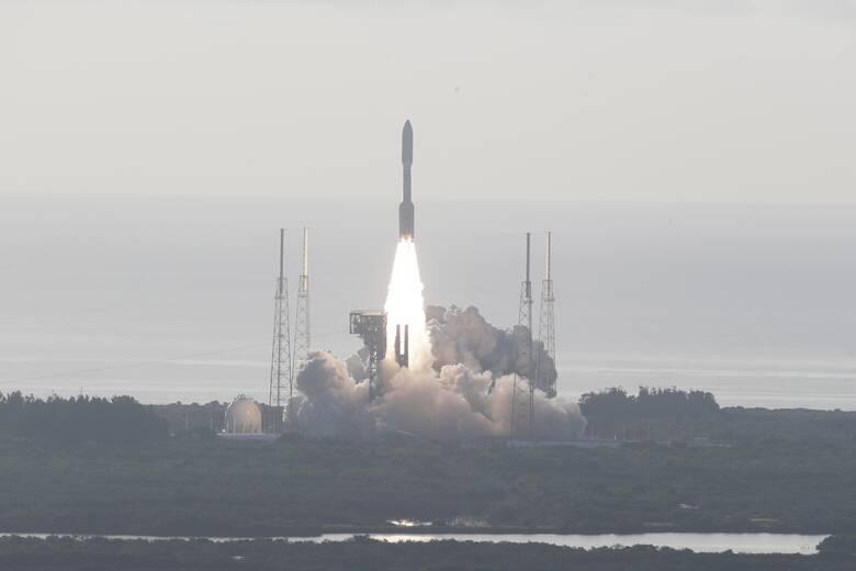 Επιτυχής εκτόξευση στον Άρη του νέου ερευνητικού ρομπότ της NASA