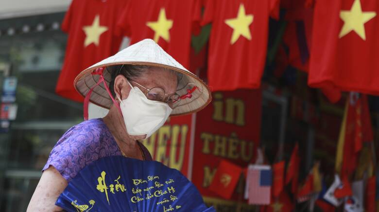 Κορωνοϊός - Βιετνάμ: Ένας 70χρονος το πρώτο θύμα του ιού