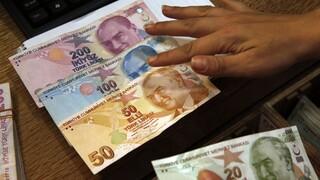 Σε ελεύθερη πτώση τουρκικά ομόλογα και τουρκική λίρα