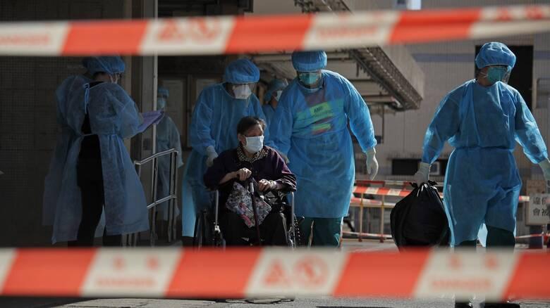 Κορωνοϊός: Οι εργαζόμενοι στον κλάδο υγείας έχουν 3,5 περισσότερες πιθανότητες να κολλήσουν