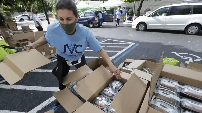 Κορωνοϊός - ΗΠΑ: Πάνω από 60.000 νέα κρούσματα για έκτη ημέρα εν αναμονή τροπικής θύελλας