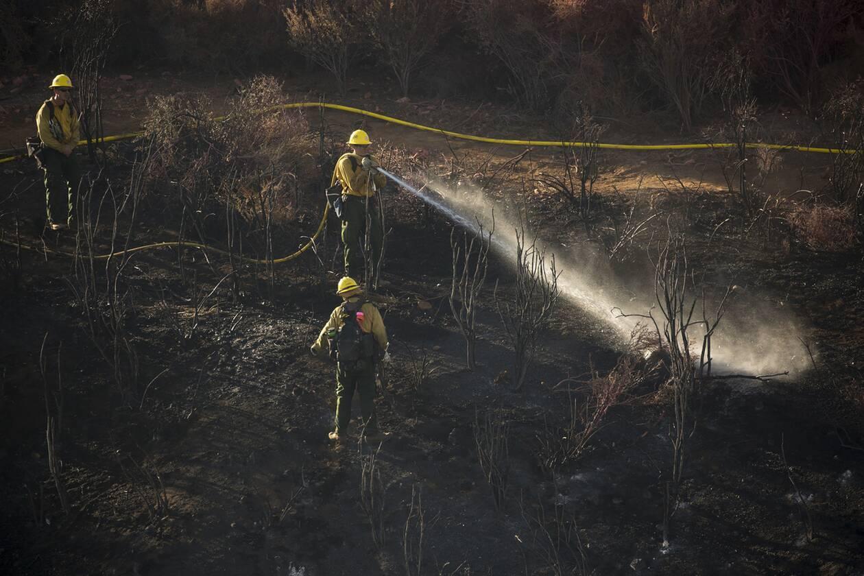 Καλιφόρνια: 8.000 άνθρωποι εγκατέλειψαν τις εστίες τους λόγω της πυρκαγιάς «Apple Fire»