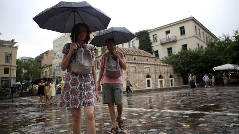 Καιρός: Ζέστη αλλά και καταιγίδες αναμένονται σήμερα