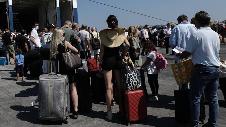 Αναστάτωση σε καταμαράν: Καταγγελίες επιβατών για τον κλιματισμό