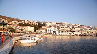 Telegraph: Η Άνδρος ένας από τους πέντε πιο ονειρικούς προορισμούς της Ελλάδας