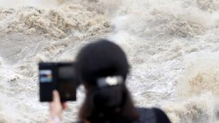 Φονικές πλημμύρες στη Νότια Κορέα με «δάκτυλο» Πιονγιάνγκ