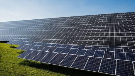 Στο ΦΕΚ η απόφαση για εγκατάσταση φωτοβολταϊκών σε γη υψηλής παραγωγικότητας