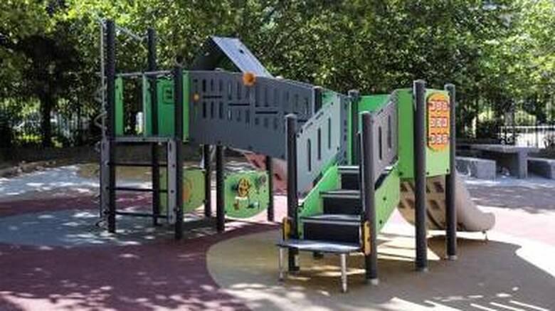 Δήμος Αθηναίων: Παραδίδονται 19 πλήρως ανακατασκευασμένες παιδικές χαρές