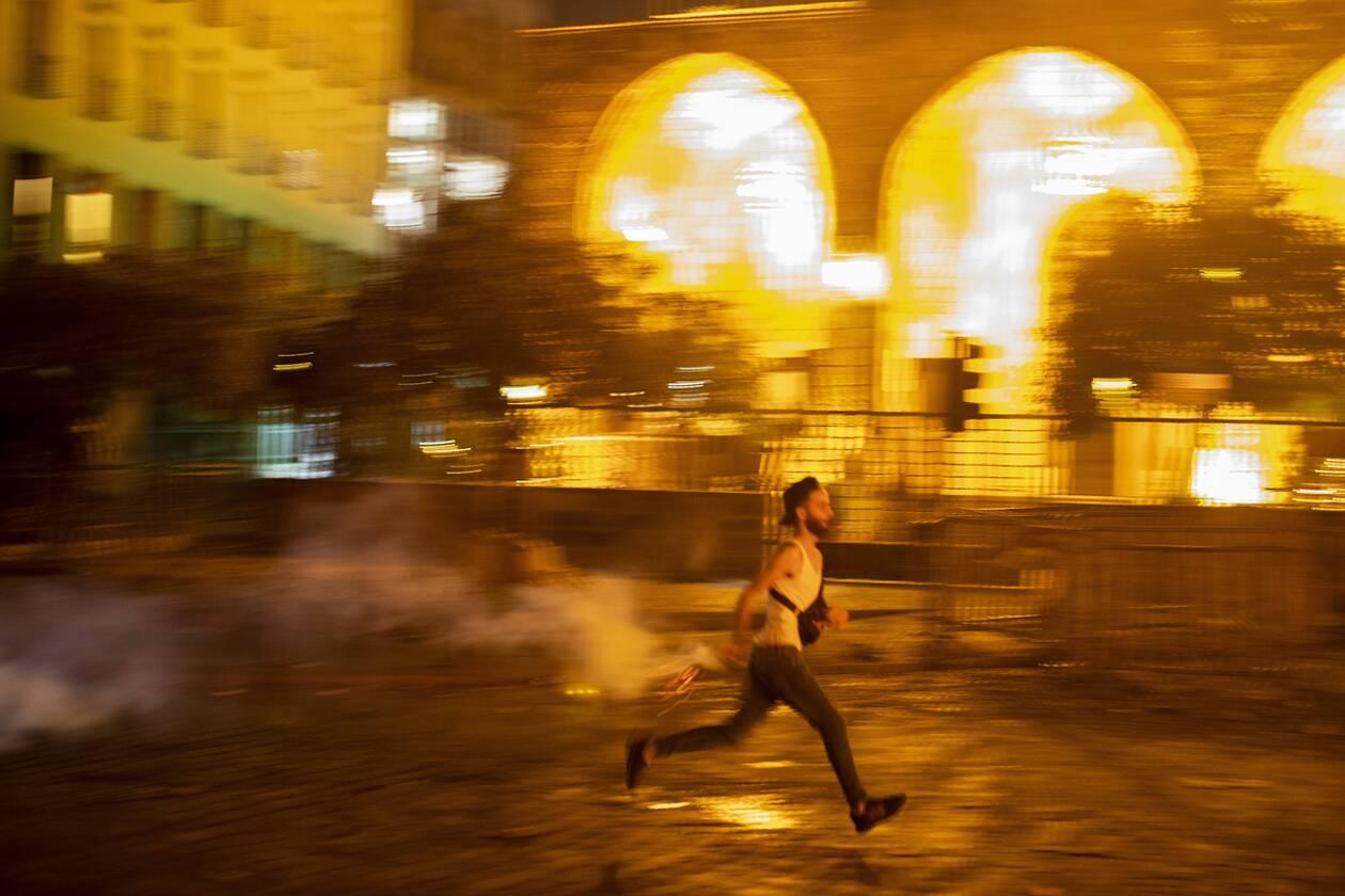 https://cdn.cnngreece.gr/media/news/2020/08/07/229905/photos/snapshot/beirut_protests-2.jpg