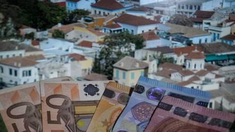 Πέτσας: Έρχεται μείωση φόρων, εισφορών και ΕΝΦΙΑ