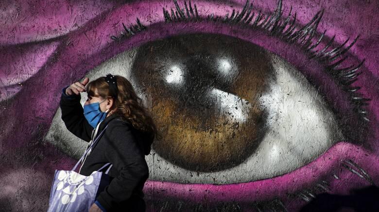 Εξαδάκτυλος: Η μάσκα είναι το «εργαλείο» που θα μας βοηθήσει να συνεχίσουμε τη ζωή μας