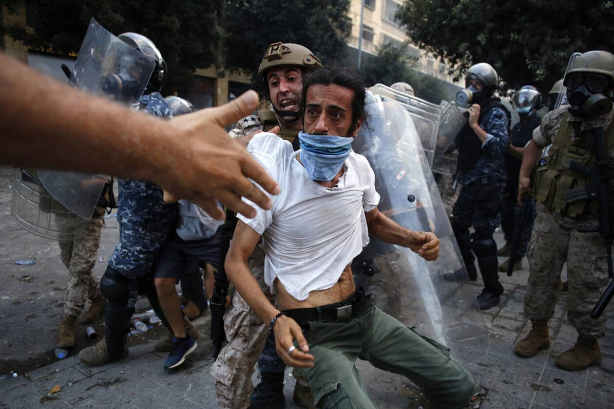 https://cdn.cnngreece.gr/media/news/2020/08/08/230095/photos/snapshot/beirut-1.jpg